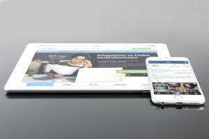 responsive / La première étape consistait à adapter son site Web à ces nouveaux formats d'écrans en le rendant responsive